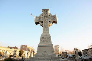 Kreuz mit Mwe